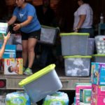 Immigration donations, volunteers